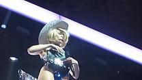 Miley Cyrus - Bangerz Tour in Tac ass show