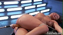 Restrained babe pussy toyed by dildo machine Vorschaubild