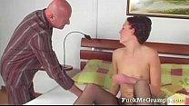 Young slut sucking old cock Vorschaubild