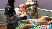 Video bokep tiozin leva sarrafo de novinha e gravida