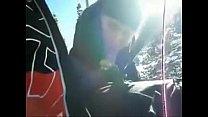 gf sucks cock on ski lift Vorschaubild