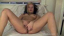 Pierced Leah Masturbating Her Twat