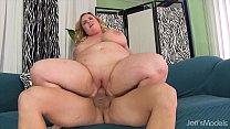 Chubby and sexy BBW Nikky Wilder gets fucked hard صورة