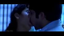 Imran Hashmi Kissing Kangana Ranaut