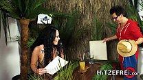 XXX-Jungle Parody Sarah Star is Conny Dachs fuck reward Vorschaubild