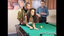 3er-Fick beim Billardspielen pornhub video