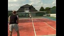 Оттрах ал и откамшотил партнёршу на тенисном корте