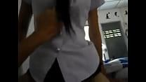 คลิปเย็ดแก้มสาวนักศึกษาปี 2 เย็ดกับแฟนหนุ่มที่ห้องขึ้นขย่มคาชุดเลย