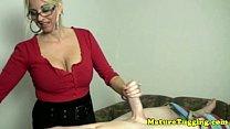 Handjob loving bimbo mature tugging pornhub video