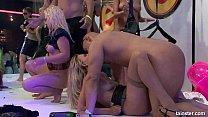 Hot party bitches gets nailed at orgy party Vorschaubild