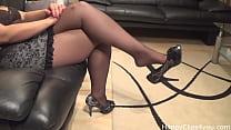 Milf nylon stockings shoeplay tease video