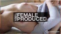 Порно женская мастурбация в гостинице