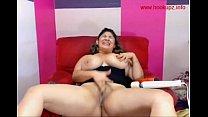 Chubby latina makes herself cum
