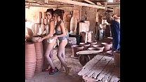 มาดูการถ่ายแบบสาวพริตตี้ไทยนมโตใส่แต่ผ้ากระเปื้อนสุดเซ็กส์ซี่เลยน้ำว่าว