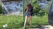 Teen Girl Picked Up And Fucked Outdoor And Public Amateur Vorschaubild