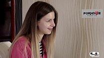 HER LIMIT - Rough anal and DP for British Stella Cox in interracial threesome Vorschaubild