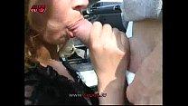 Бабы трясут голыми титьками смотреть порнуху