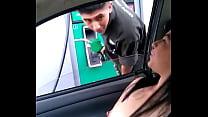 Cargando gasolina la puta de Alexxxa Milf con las tetas de fuera - Download mp4 XXX porn videos