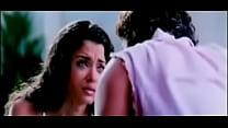 Sexy Aishwarya Smooching