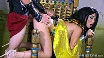 Brazzers - Egyptian goddess Nina Ellis loves bi...