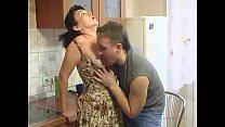 Оттрахал русскую мать в рот
