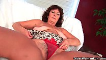 Busty senior lady Alma rubs her hairy cunt with her fingers pornhub video