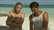 Italian pornstar Vittoria Risi screwed by two s...