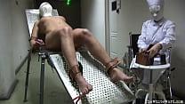 Screenshot Electroshock  Therapy - TheWhiteWard.com