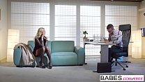 Babes - Office Obsession - Employee Of The Month  starring  Karol Lilien and Charlie Dean clip Vorschaubild