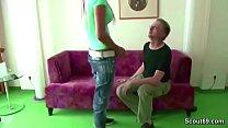 Daddy fickt die geile Freundin seiner Tochter Vorschaubild