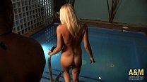 ¿Que puedes hacer en la piscina de un club swinger? Con Estefani Tarrago.