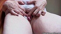 Grandma's masturbation feast Vorschaubild
