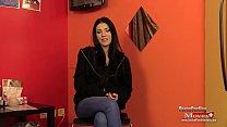 Teen Mia Evans beim Interview am Porno Casting - SPM MiaEvans20 IV01 Vorschaubild