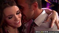 Brazzers - Real Wife Stories - Cum Is Thicker Than Water scene starring Raven Alexis and Keiran Lee Vorschaubild