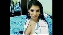 Hot & Horny High Class Bhabhi Home Alone Chatting On Webcam