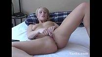 Yanks Siren Sharon Wild Masturbating thumbnail