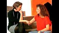 На диване между влюбленными классные по-трахушки будут