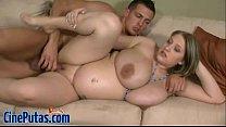 Embarazada Nalgona coge duro