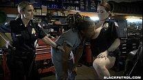 Cops search chop shop Vorschaubild