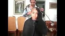 15136 مغربية سوسية تحلق شعرها الطويل preview