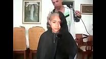 18404 مغربية سوسية تحلق شعرها الطويل preview