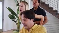 Traindo meu marido com Negão - Vídeo Completo HD: http://zipansion.com/M4qa Vorschaubild