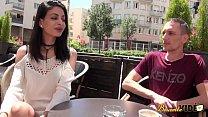 7771 Mélissa fait une vidéo porno pour l'enterrement de vie de garçon de son futur mari preview