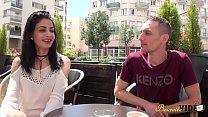 Mélissa fait une vidéo porno pour l'enterrement de vie de garçon de son futur mari image