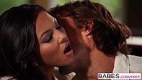 Babes - HOT LUNA - Adrianna Luna