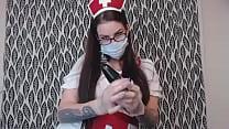 Такая медсестра поднимет любого