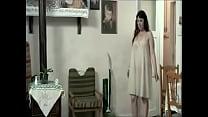 Yeşim Ceren Bozoğlu Göğüslerini öptürüyor - [Www.escordum.com]