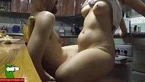 18866 sexo entre los fogones de la cocina con la morena tetoncita GUI045 preview