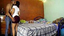 Cuplu De Mexicani Se Fut Cand Nu Sunt Copii Lor Acasa,Barbatul O Fute Rau In Pizda Ei Larga