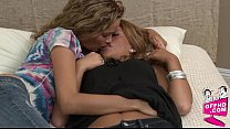 Lesbian encouters 0333